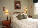 Queen 2 bedroom