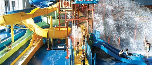 Embassy Suites by Hilton Niagara Falls - Fallsview Hotel, Canada - Waterpark Package