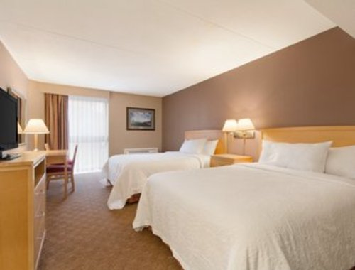 Two Double Beds with breakfast!
