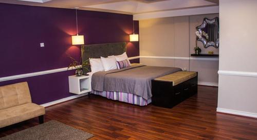 Standard Suite - Eden Gardens Hotel