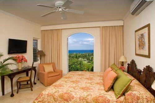 7 Bedroom Villa - Fair Way Manor
