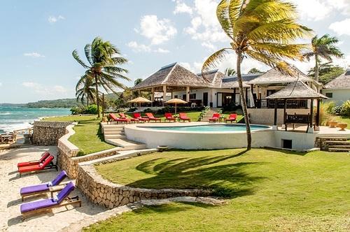 6 Bedroom Luxury Villa - Karma Bay