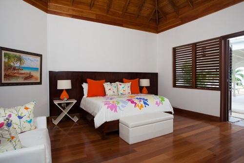 Bedroom 1 - Master - Alamanda Clusters