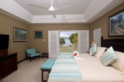 Coral Cove Villa on the Beach - wholte - Coral Cove 1 Discovery Bay