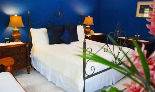 The Upper Room - The Blue House Boutique Bed & Breakfast