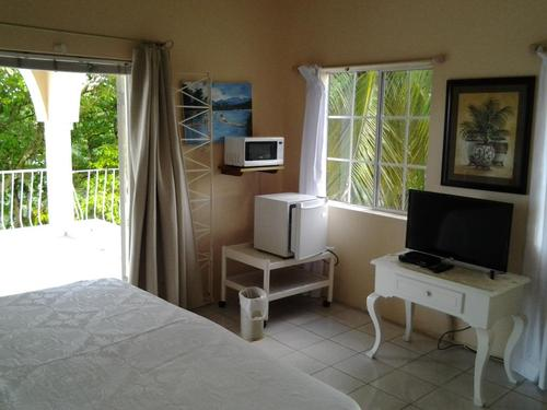 Standard Room 6 - Rio Vista Resort & Villas