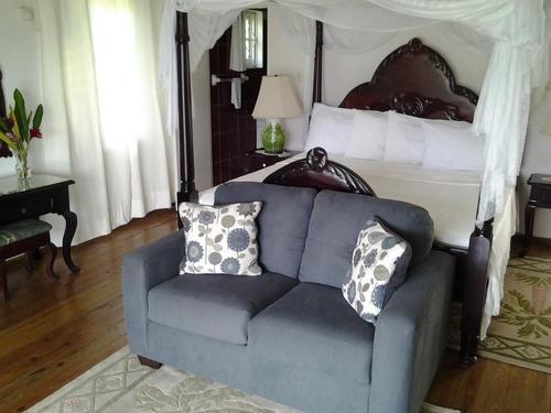 Amore - 1 Bedroom Deluxe Villa - Rio Vista Resort & Villas