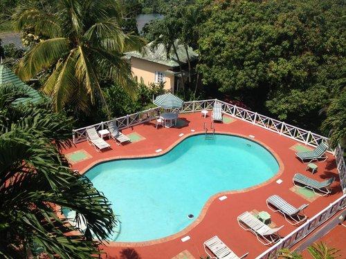 Deluxe Room 4 - Rio Vista Resort & Villas